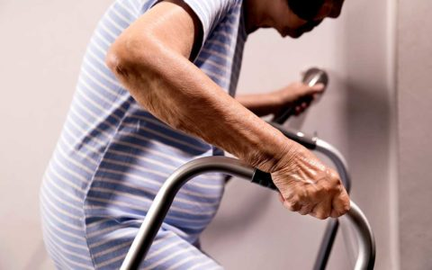 "Frailty Makes Minor Surgeries ""High Risk"""