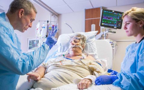 Leading EHR System Adopts Bundle to Prevent ICU Delirium
